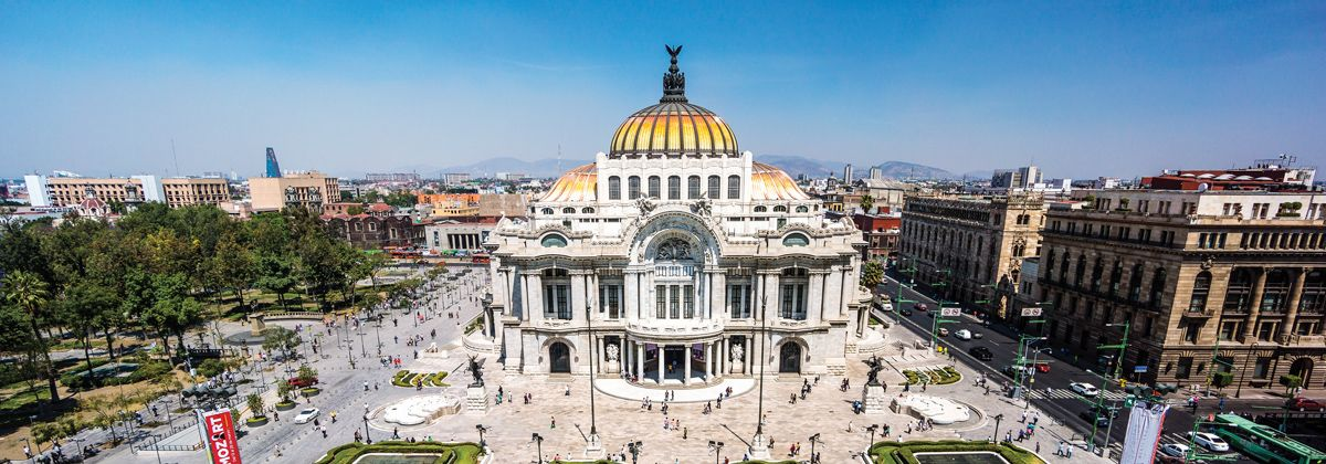 5_teatros_emblematicos_ciudad_mexico_palacio_bellas_artes_istock_0