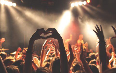 concert-768722_1280-1