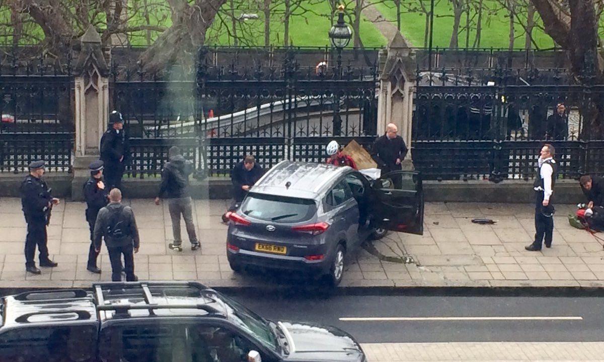 imagen coche terrorista Londres