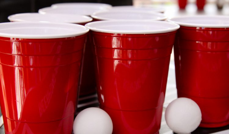 Beer Pong Party Cups in Red with ping pong balls