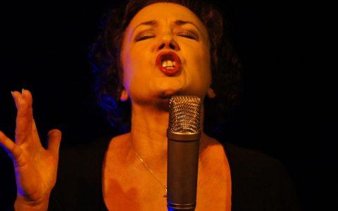sing-singing-singer-microphone-64274